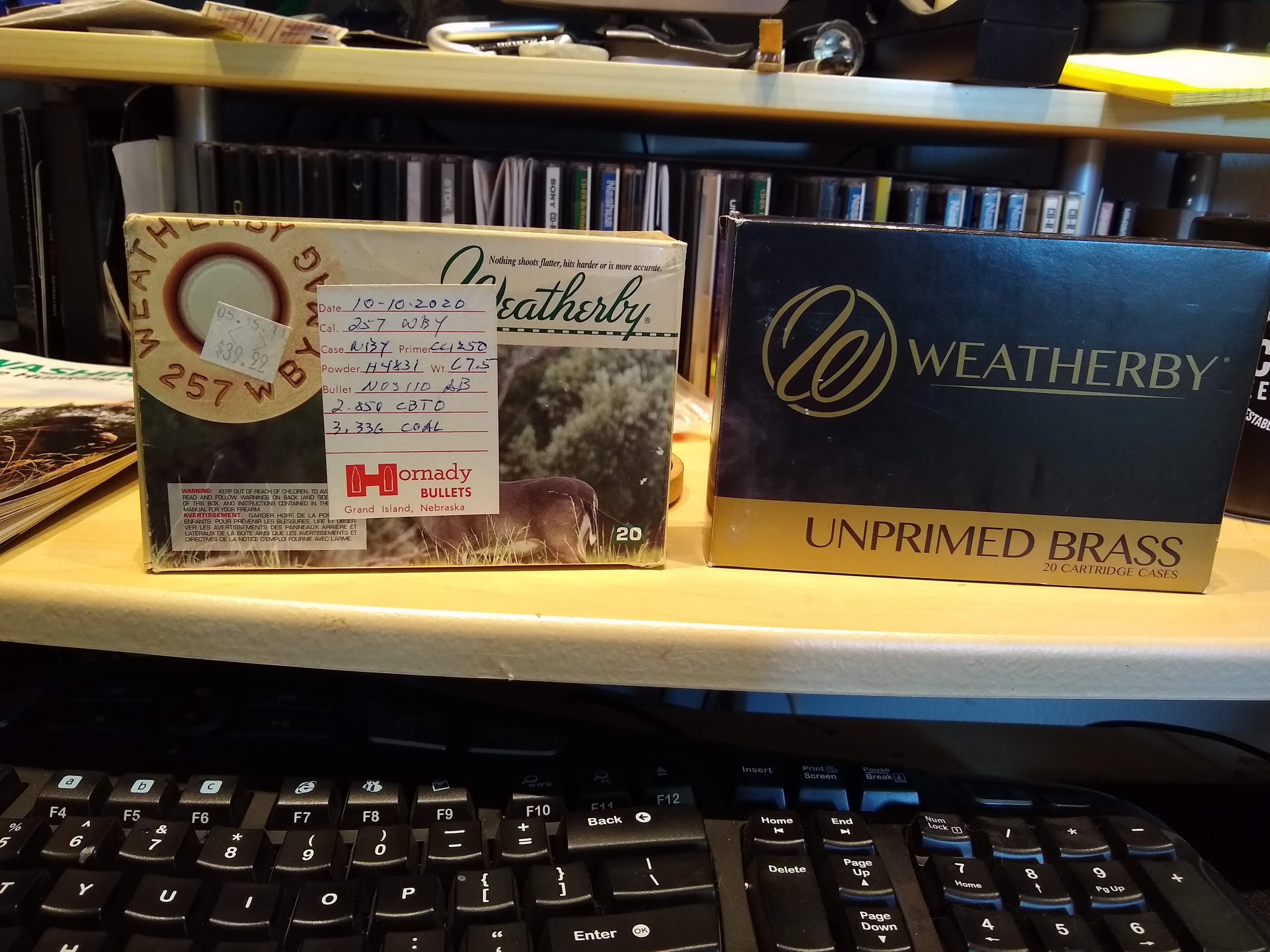 weatherby box compare.jpg