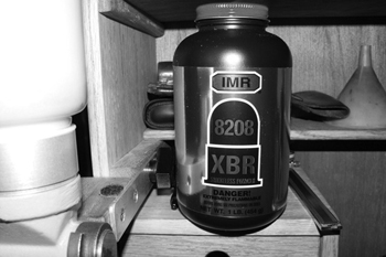 Review Of IMR 8208 XBR-Hogdon's New Benchrest Powder